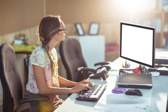 StartupJobs a Miton chtějí změnit trh práce. Zaměstnání vám díky jejich projektu pomůže najít umělá inteligence